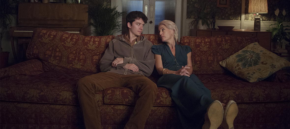 Asa Butterfield et Gillian Anderson dans Sex Education