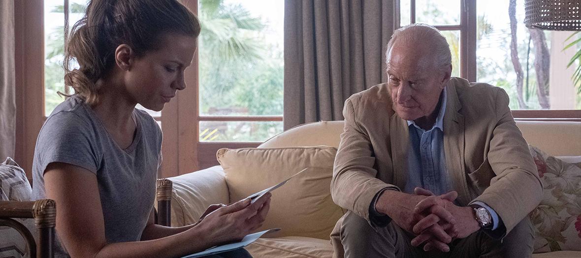 Extrait de la série The Widow avec Charles Dance et Kate Beckinsale