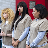 Saison 7 de la série Orange is the new black avec Jackie Cruz, Kate Mulgrew, Natasha Lyonne, Selenis Leyva, Yael Stone et Nick Dillenburg