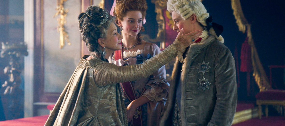 Helen Mirren, Jason Clarke et Gina Mckee acteurs de la serie Catherine The Great
