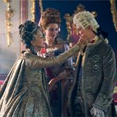 Helen Mirren, Jason Clarke et Gina Mckee acteurs de la serie Catherine The Great