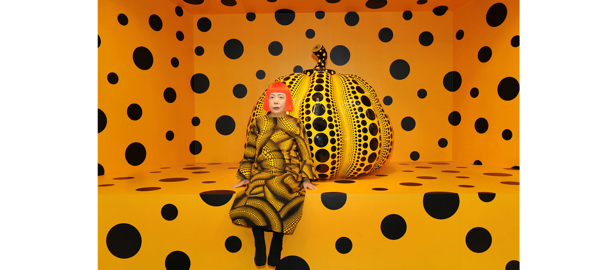 The inflatable pumpkin of Yayoi Kau and Takashi Murakami
