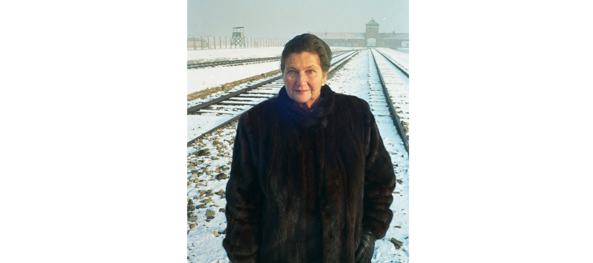 Simone Veil, photographed in Auschwitz-Birkenau in 2004, 60 years after she was set free, by Benoît Gysembergh.