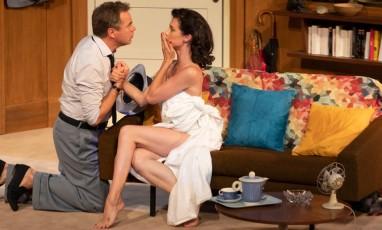 Guillaume de Tonquédec et d'Alice Dufour sur scène interpretant le films de Marilyn Monroe