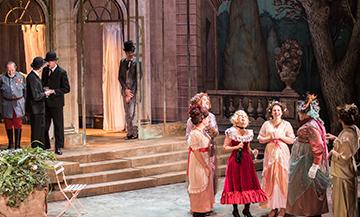 Extrait de la piéce La Dame de chez Maxim de Georges Feydeau au Théâtre de la Porte Saint-Martin