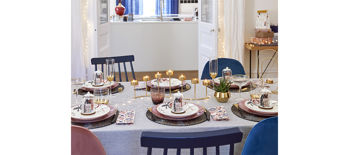 Urban Christmas collection from maison du monde that includes very pretty plates, branches of gilded chestnut tree, and a incredible Danish chandelier
