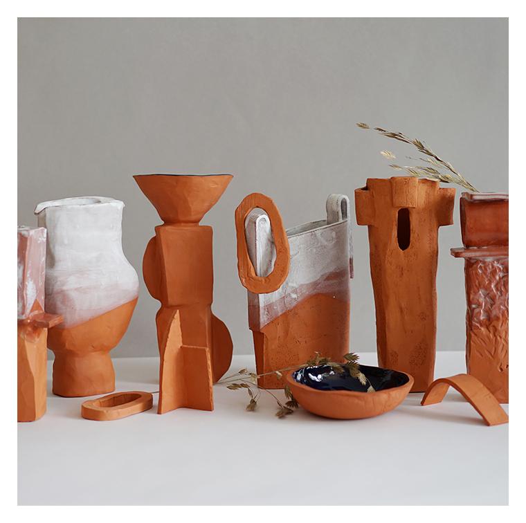 vases sculptés, entièrement faits main d'Emmanuelle Roule