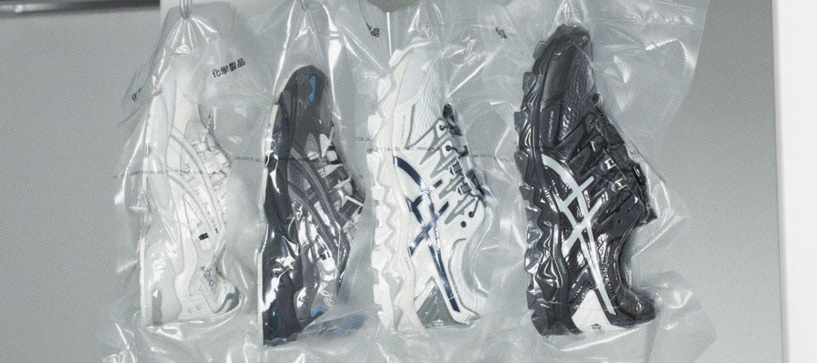Sneaker noir, blans et gris de Chemist Creations et Asics à partir de 180 €