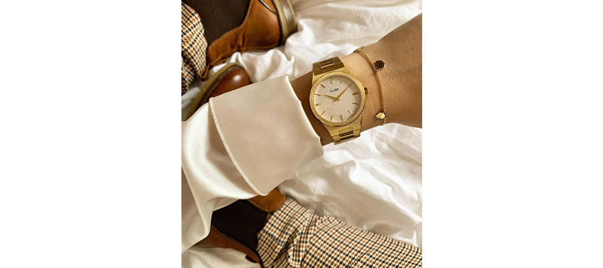 the watch with its links in stainless steel gilded Vigoureux 169,95 €