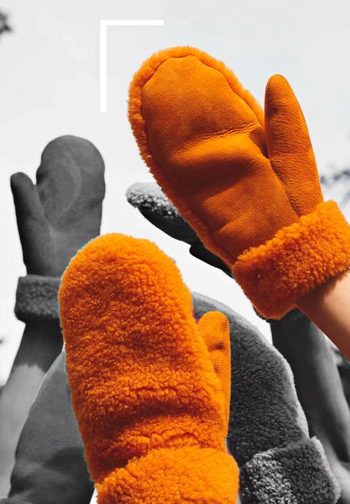 Moufles fourrées en peau lainée Teddy chez Toasties à 115 €