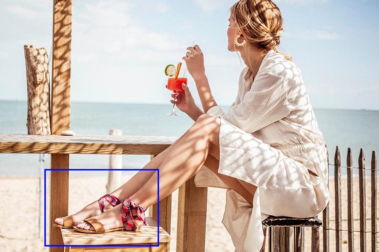 Sandales camel avec foulard à imprimé