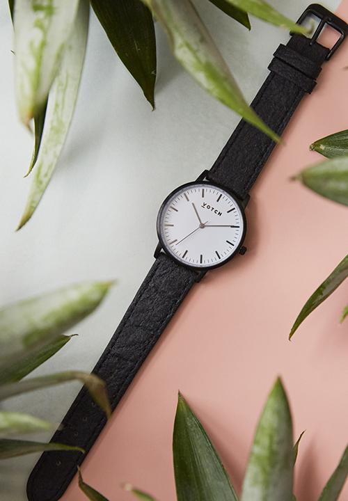 bracelets de montre en similicuir, maille d'acier inoxydable ou Piñatex