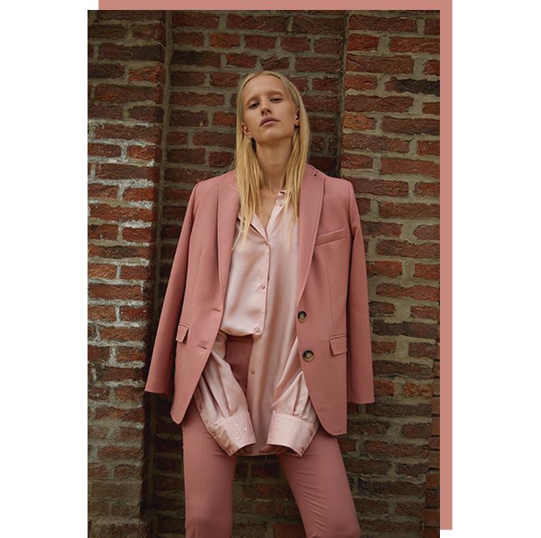 Chemise en soie et pantalon rose Demain