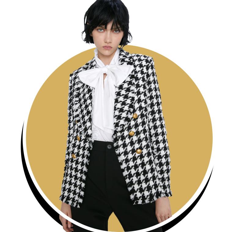 Un blazer coupé sous une veste pied de poule de Zara