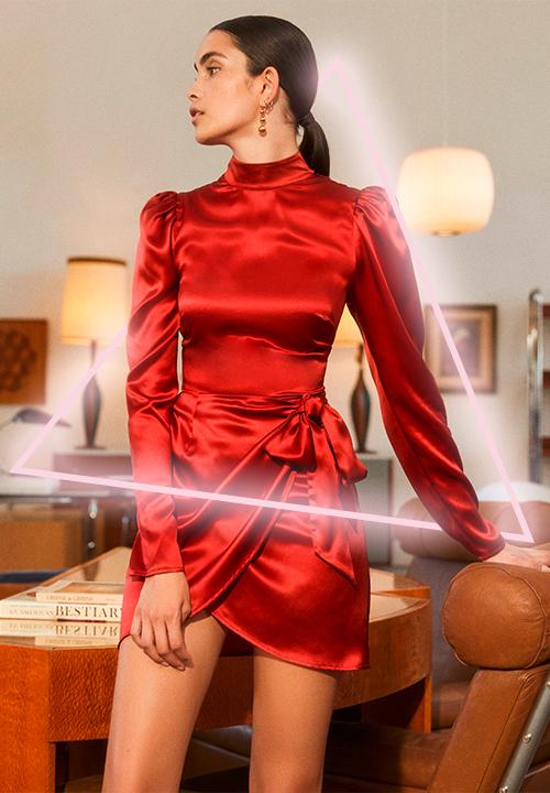 Robe Josefine rouge chez Reformation à 320 €