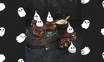 Recette de petits fantômes en muffins à la banane et au chocolat