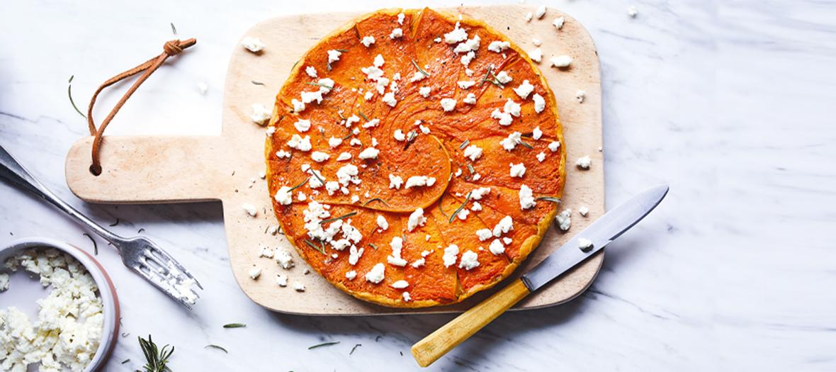 La tarte végétarienne made in Frichti à la courge et au romarin
