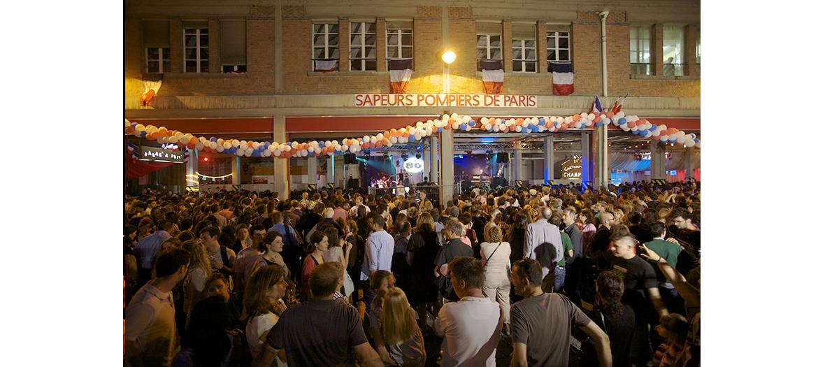 Soirée du 14 juillet dans les casernes parisiennes