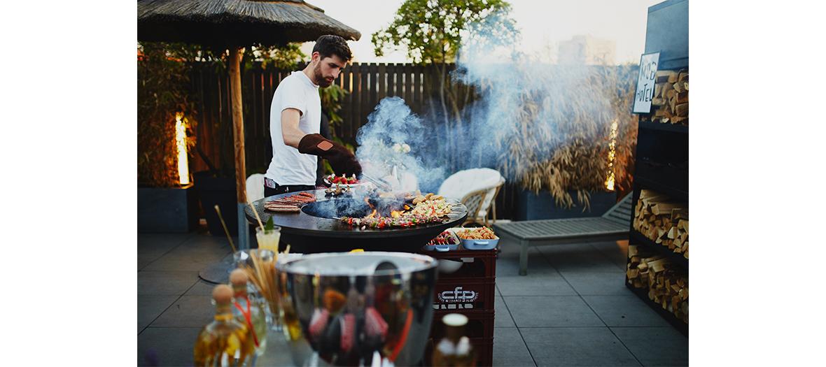 Soirée du 14 juillet sur le rooftop du Mob Hotel avec barbecue