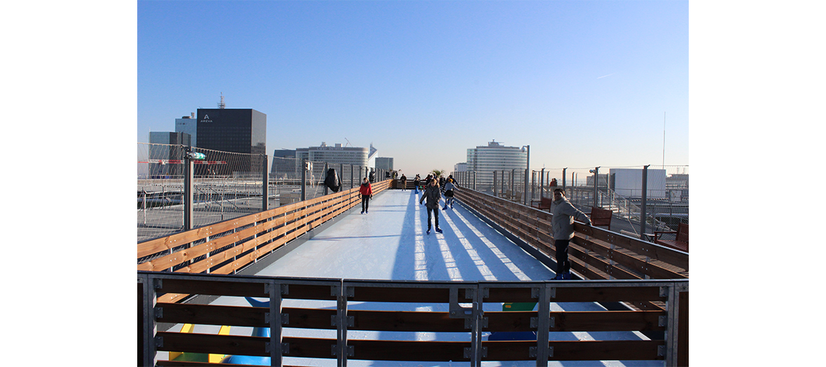 patinoire rooftop de la grande arche de la défense