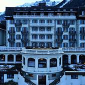 Façade de l'hôtel à La Folie Douce de Luc Reversade au Mont Blanc