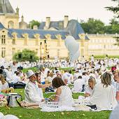 Week end au Domaine de Chantilly, tenue blanche