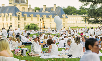 Week end au Domaine de Chantilly, tenue blanche