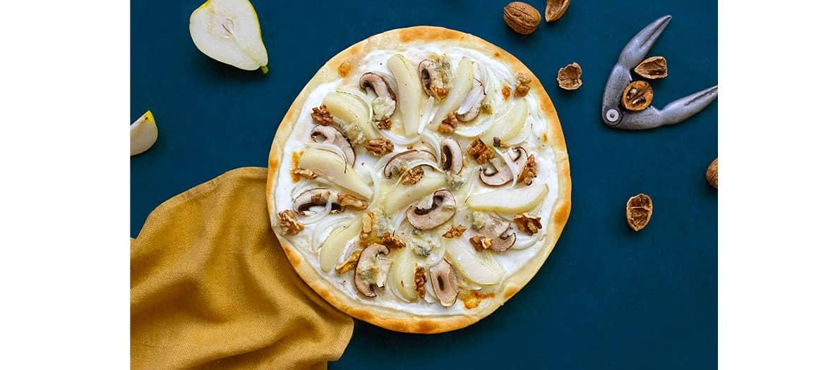 pizza d'automne, salade de champignons, pumpkin pie aux noix et pistou de persil
