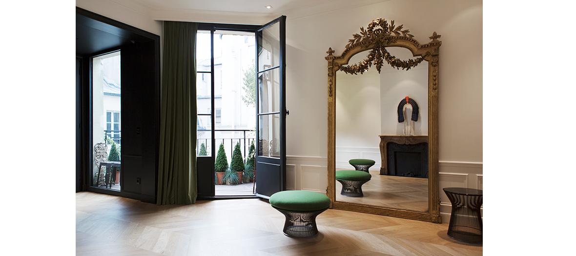 Salon de beauté luxueux pour une cure de jouvence aux couleurs et balayages avec David Lucas