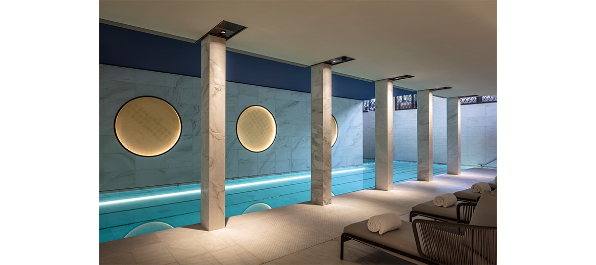 Piscine et massage traditionnel hawaïen au spa Akasha de l'hôtel du Lutetia à Paris