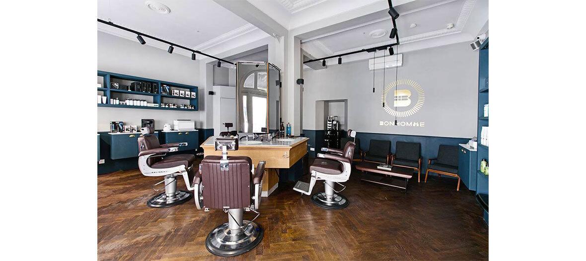 Forfait cheveux et barbe, soin barbe, rasage traditionnel chez le barbier Bonhomme