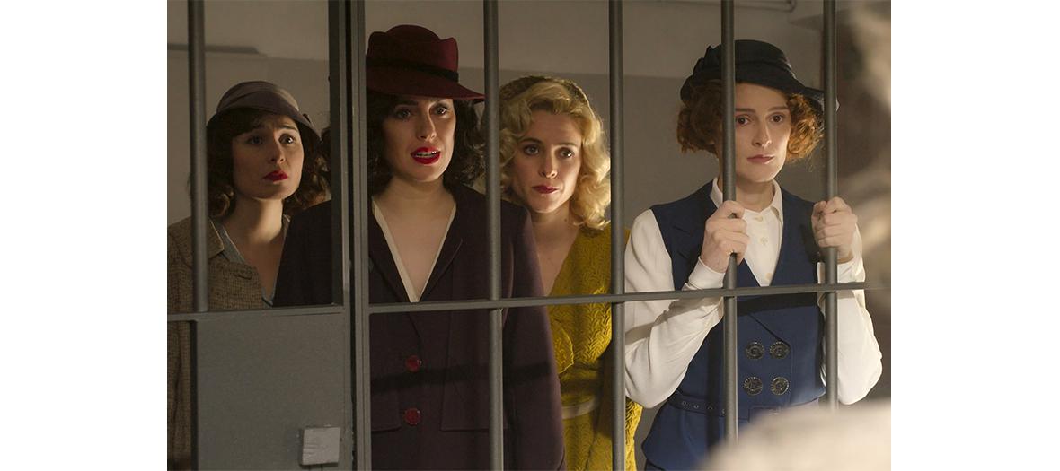 Blanca Suarez, Maggie Civantos, Anna Fernandez et Nadia de Santiago actrice de la serie Les Demoiselles du Téléphone