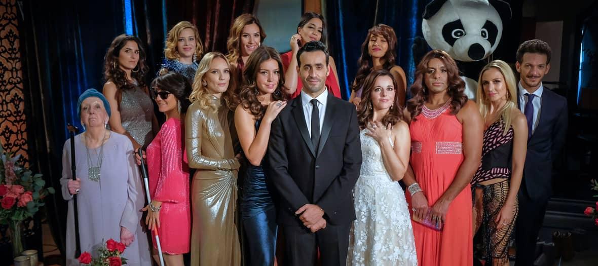 La Serie La Flamme sur Canal Plus avec Jonathan Cohen, Vincent Dedienne, Florence Foresti, Géraldine Nakache, Leïla Bekhti et Camille Chamoux.