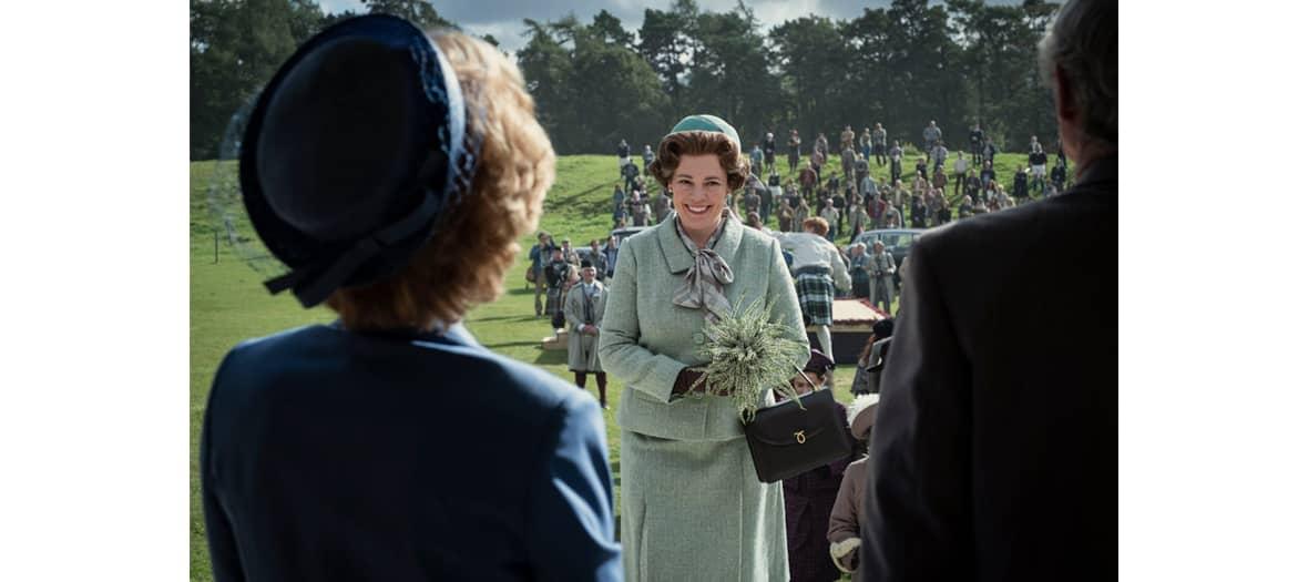 Extrait de The Crown saison 4 avec Olivia Colman jouant Elisabeth 2 d'Angleterre