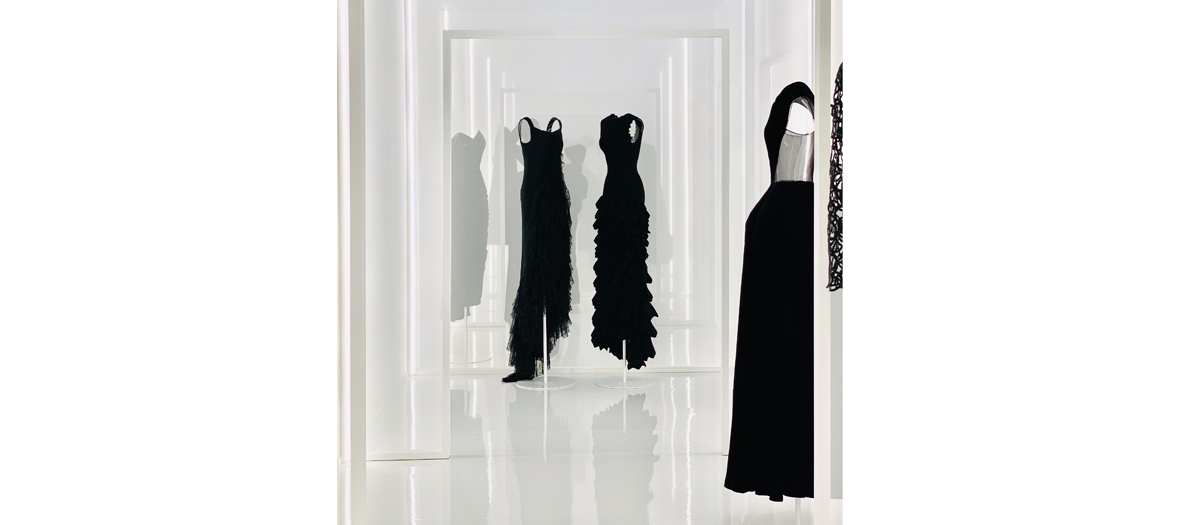 Stock of dresses and fabrics from the house Balenciaga