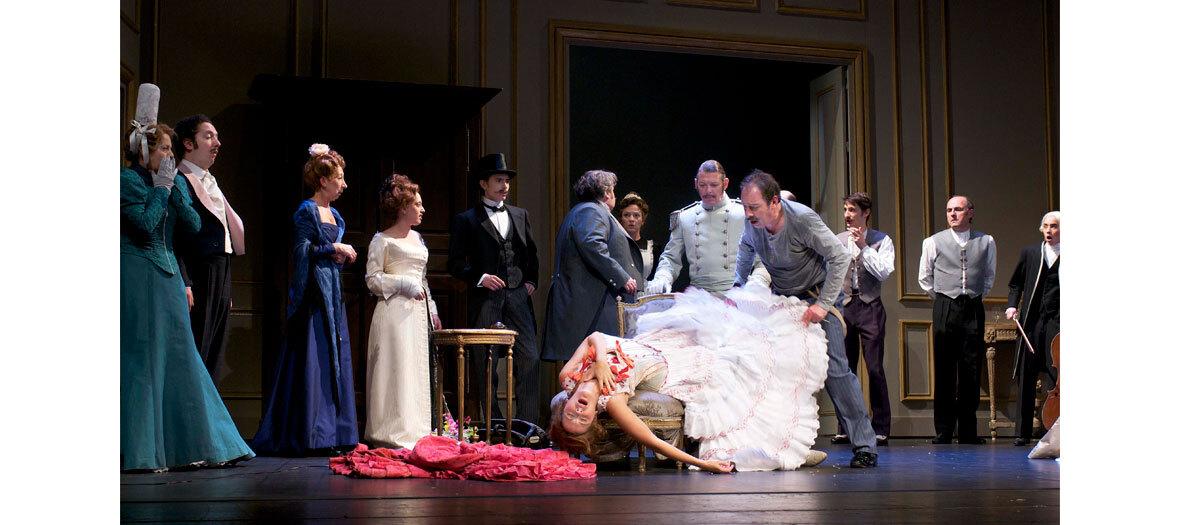Florența Viala, Guillaume Gallienne, Pierre Niney și Hecq Christian într-un fir la fila Feydeau