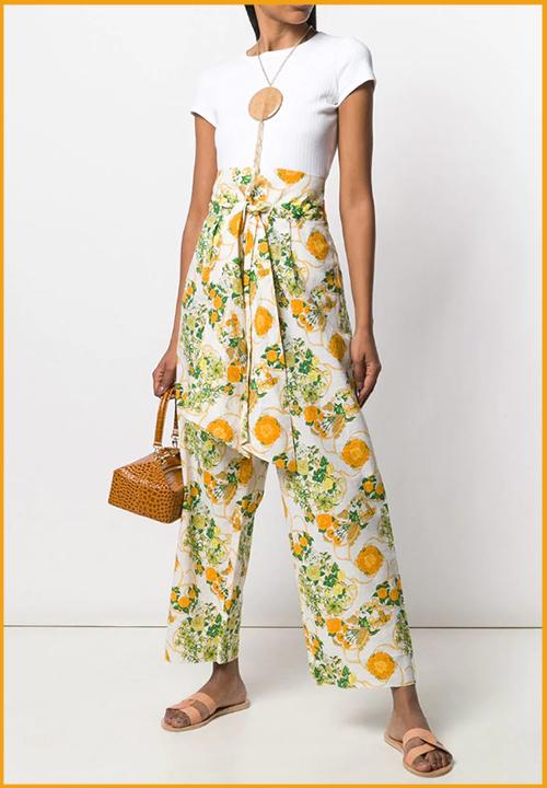 Veste à carreaux Valentino à 187 €, tailleur Chanel à Pantalon à fleurs Hermès à 540 € sur l'e-shop Farfetch Pre-Owned