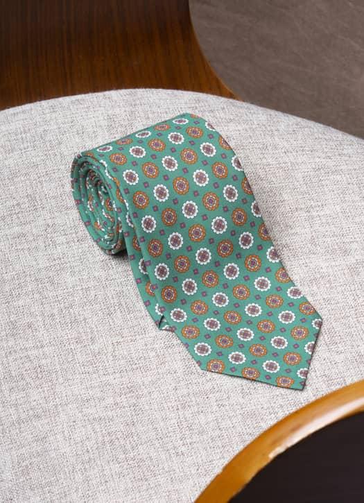 Cravate verte fantaisie en soie, Pini Parma