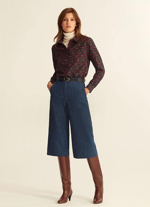 Bermuda en jean, chemise, bottes, le tout Vanessa Seward et La Redoute