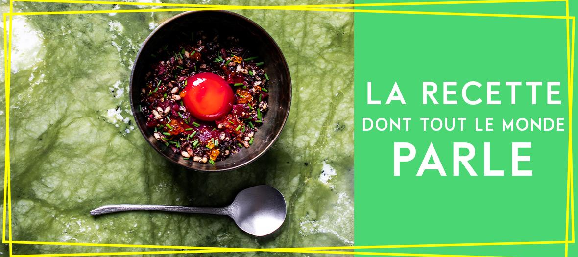 Plat D'Oeuf Du Poulailler avec betteraves, quinoa rouge, ciboulette, œufs de truite, anguille fumée, Sel, poivre et fleur de sel
