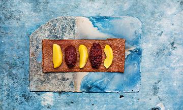 La recette de la galette du boss Bertrand Larcher avec du boudin noir, des pommes sautées et de la compote