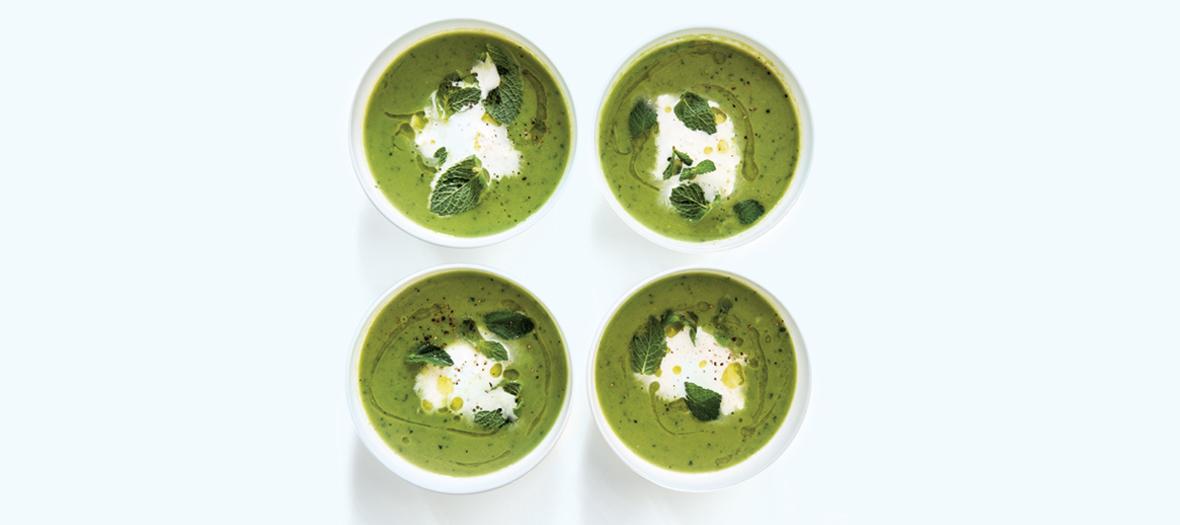 Recette Soupe Petitpois avec petit pois surgelées, menthe et mozzarella
