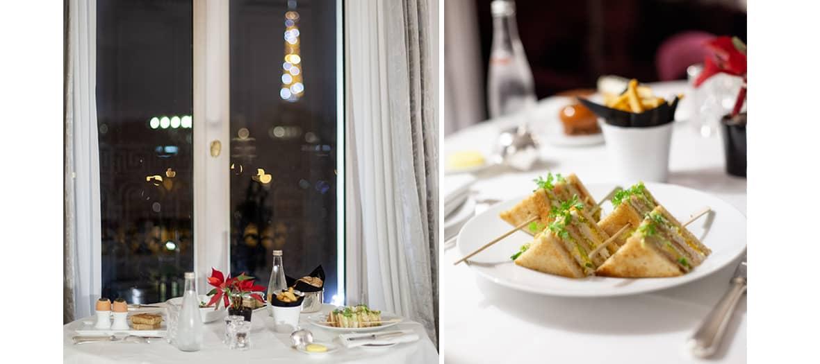 Club sandwich en chambre par le room service de l'hôtel de la Réserve à Paris