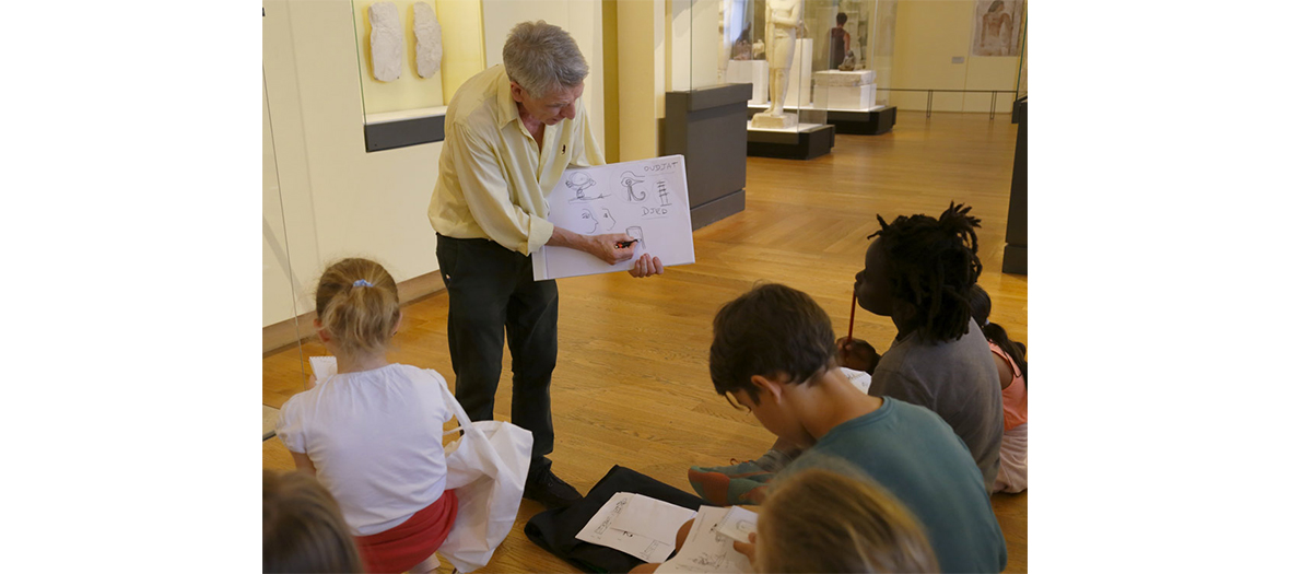 Atelier de copie À main levée des œuvres du Musée du Louvre
