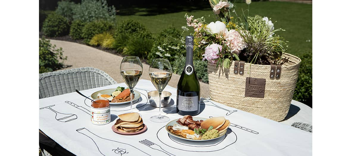 picnic brunch with Charles Heidsieck champagne