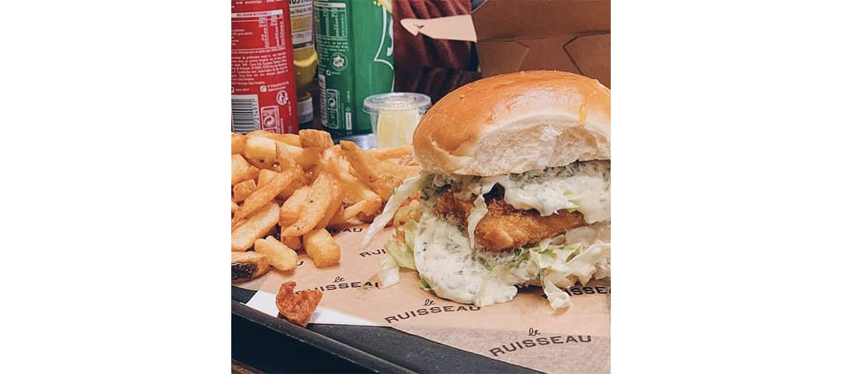 Le fishburger en take away de chez Ruisseau