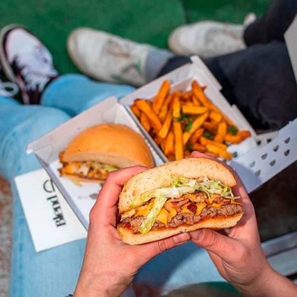 The signature burger at Blend in Paris