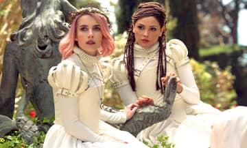 Le film Paradise Hills avec Emma roberts et Mila Jovovich