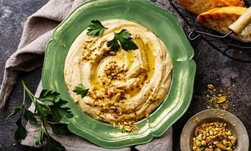 Le Houmous Pistache, un délice très comfy et healthy à grignoter avec une galette de sarrasin sans gluten