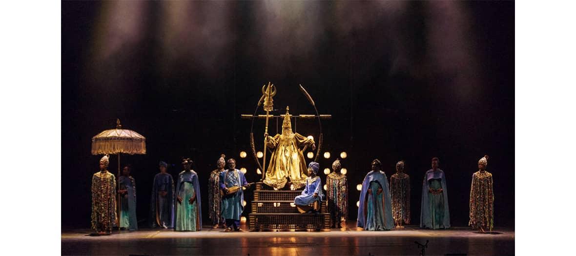 Spéctacle à guichet fermé comme Le vol du Boli, Cendrillon ou encore Manon au théatre du Chatelet, Metropolitan Opera de New-York et à L'Opéra de Paris.